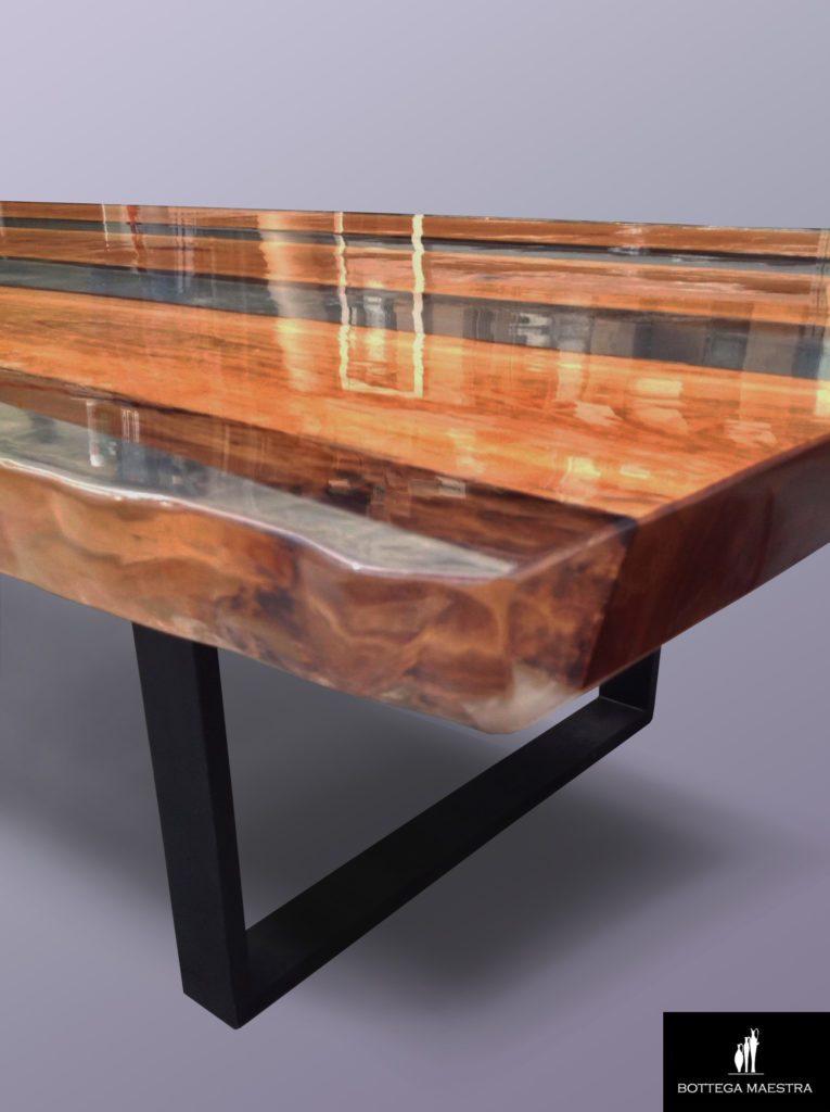 Préparation et exécution pour les grandes tables en résine - principaux problèmes, directives et conseils pratiques.